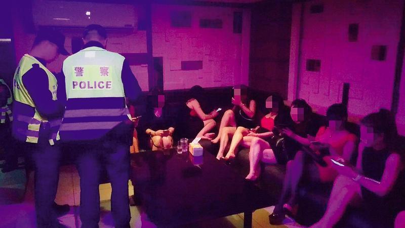 萬華分局警方4月中起連續3次大掃黃,查獲不少外籍女子涉案。