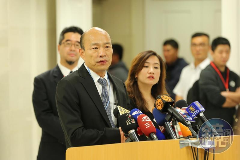 針對市議員黃捷今天只喊各局處長回答質詢,韓國瑜開玩笑表示「我今天非常寂寞」。(本刊資料照)