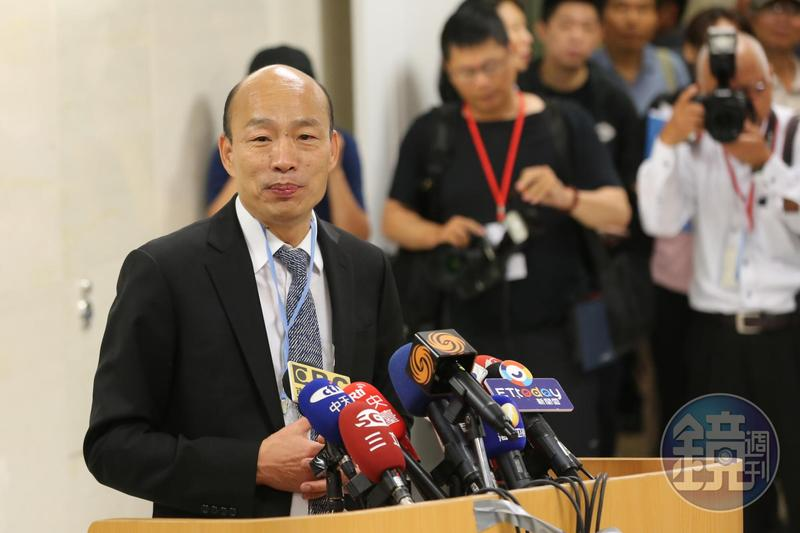 面對已有部分韓粉募款為他助選總統,韓國瑜今天嚴詞拒絕。(本刊資料照)