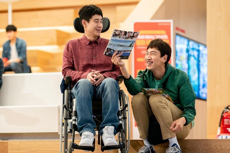 李光洙和申河均在《完美搭檔》演出沒有血緣卻相處20年的好兄弟。(采昌多媒體提供)