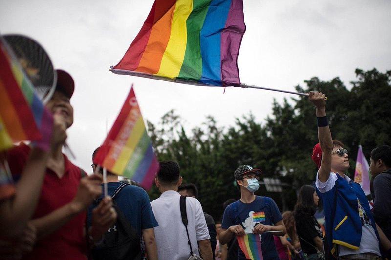 總統蔡英文今天在推特刊出彩虹照片鼓勵同志朋友。(翻攝自蔡英文twitter)