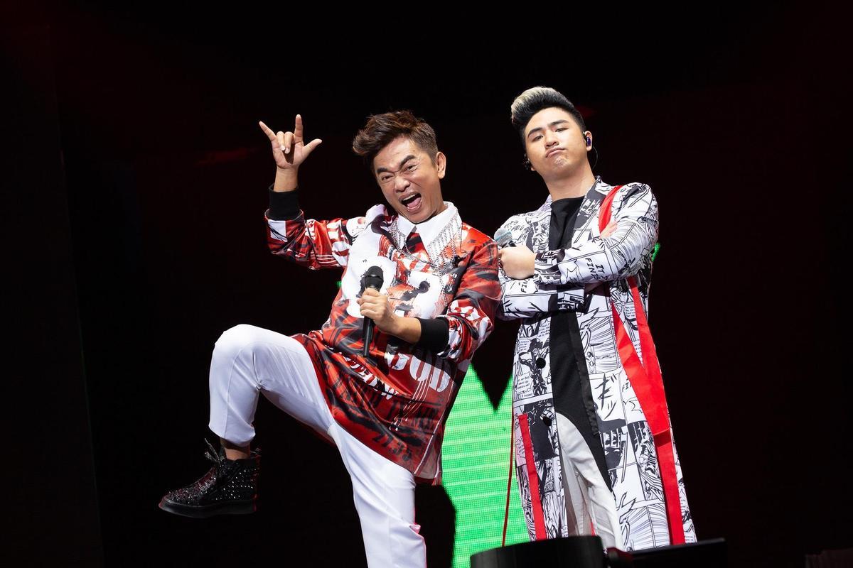 吳宗憲今在高雄巨蛋舉行《吳宗憲Jacky Wu》演唱會,兒子鹿西派站台。(華貴娛樂提供)