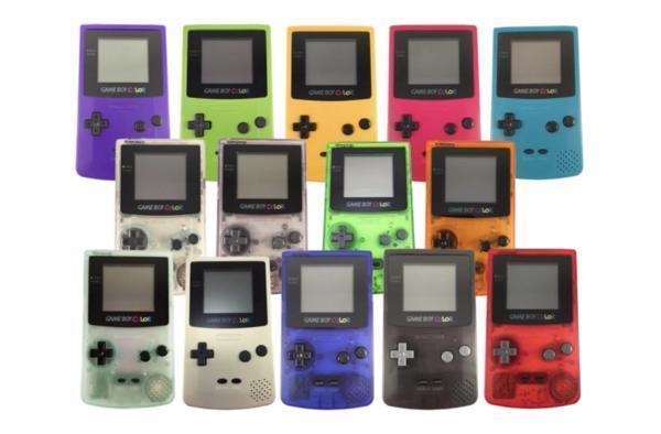 Game Boy Color 大集合。(圖/網路)