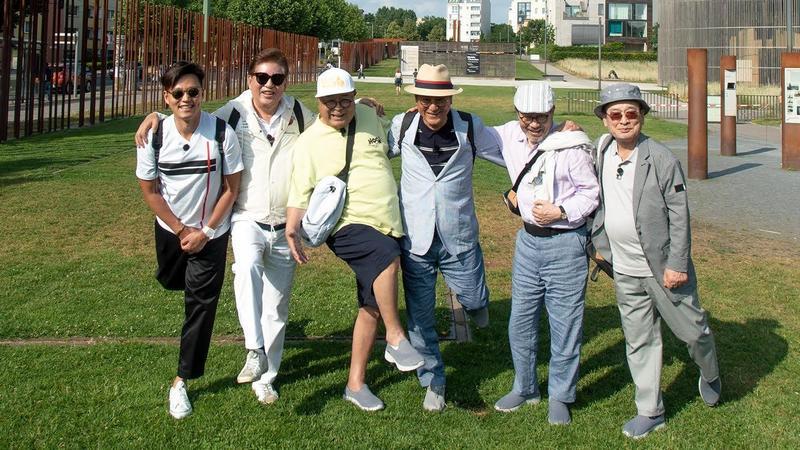 73歲的金容建(左二)加入《花漾爺爺Returns》,是5位爺爺中的老么。(東森戲劇台提供)