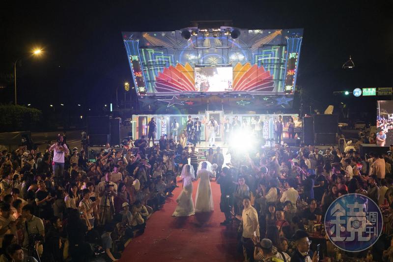 24日同婚專法正式上路,台灣成為亞洲第一個同性結婚合法國家,昨晚伴侶盟在凱道舉辦「同婚宴」。