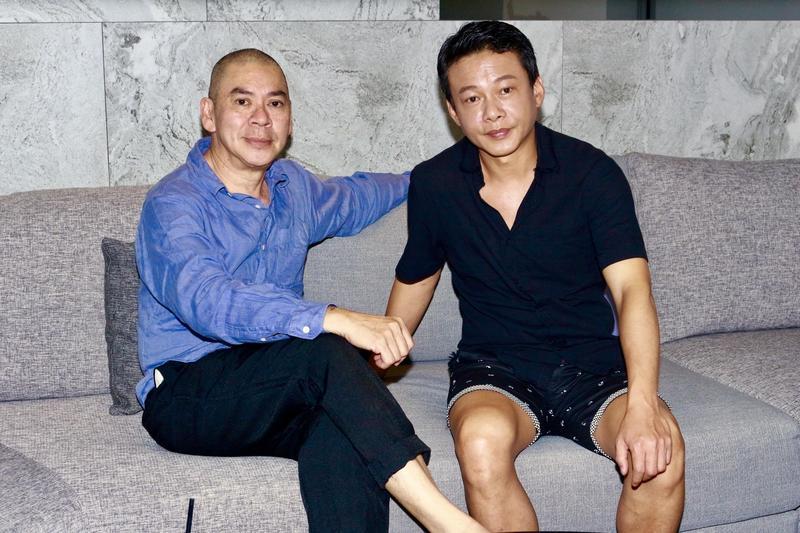 蔡明亮與李康生一起上節目《娛樂鄉民》為電影《你的臉》宣傳。(WinTV提供)