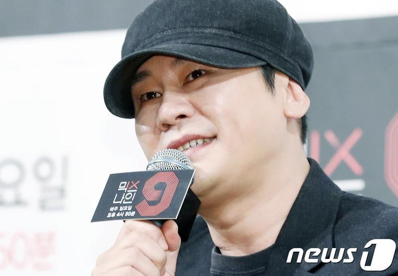 YG娛樂創辦人兼老闆梁鉉錫爆出涉嫌性招待東南亞富豪,導致今天公司股價狂跌12.5%。(翻攝自news1)