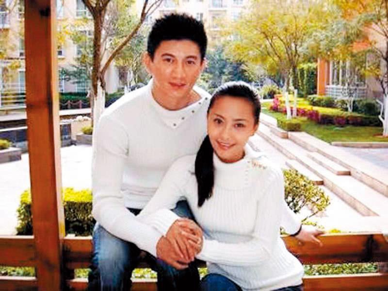 當年吳奇隆與馬雅舒(右)結婚一切從簡,不僅婚禮沒辦,連婚紗都沒拍。(翻攝自吳奇隆部落格)