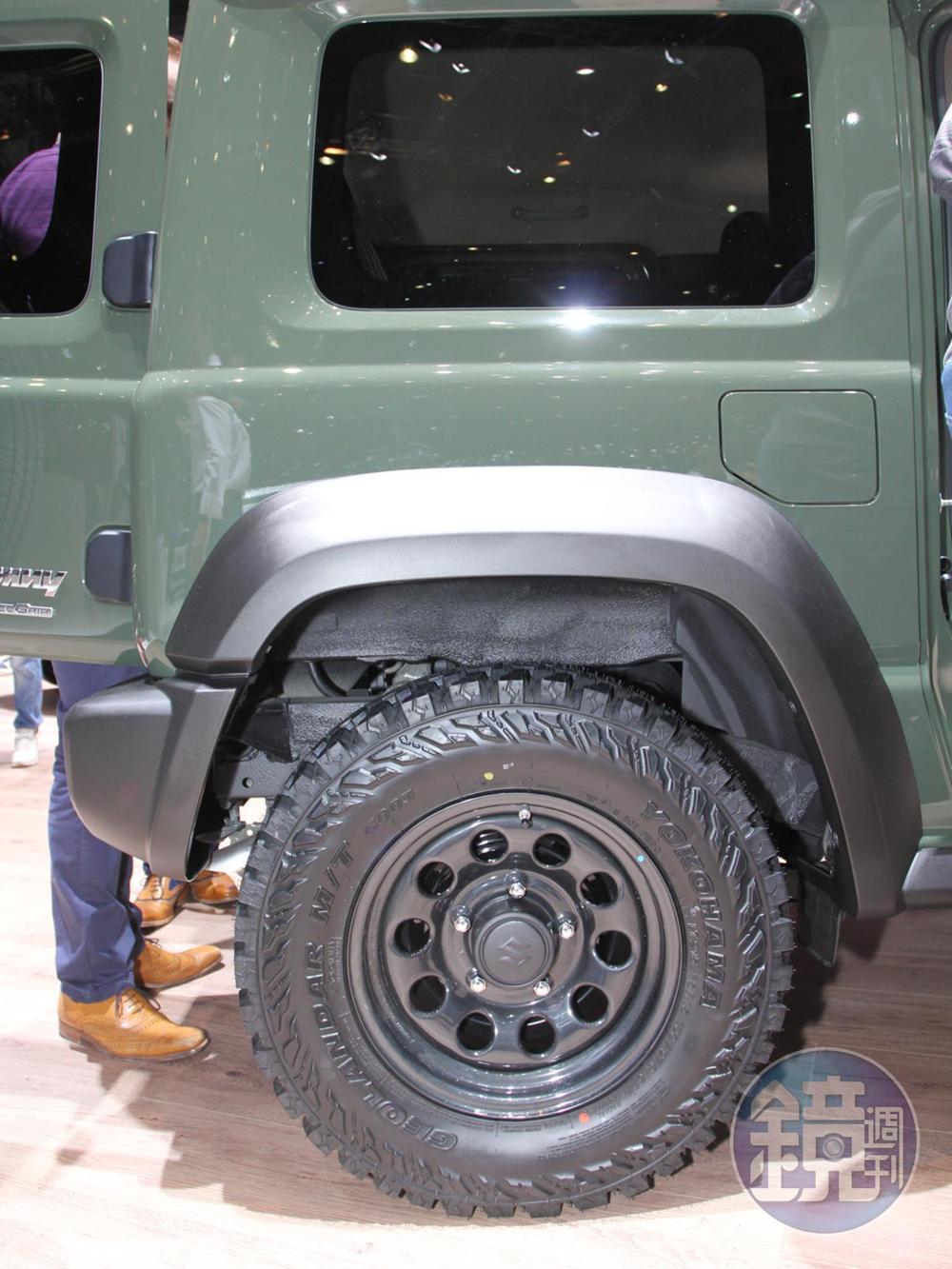 老實說Jimny要配底低調耐用的鐵圈才是王道。圖為在日內瓦車展所攝的瑞士限量版。