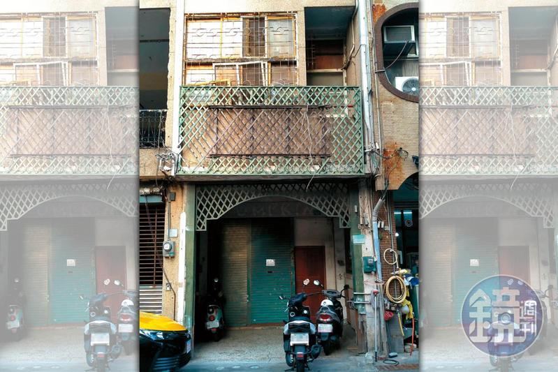 12年前發生雙屍命案的新美街金飾加工工作室,目前仍維持當年外觀。