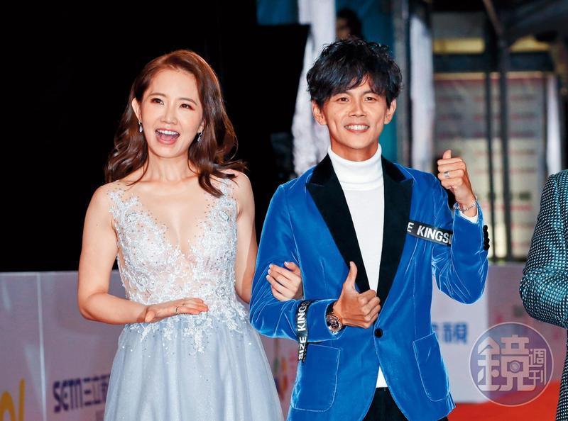 阿翔跟謝忻因為同門,而且經常一起主持節目,對外都說彼此擁有「革命情感」。