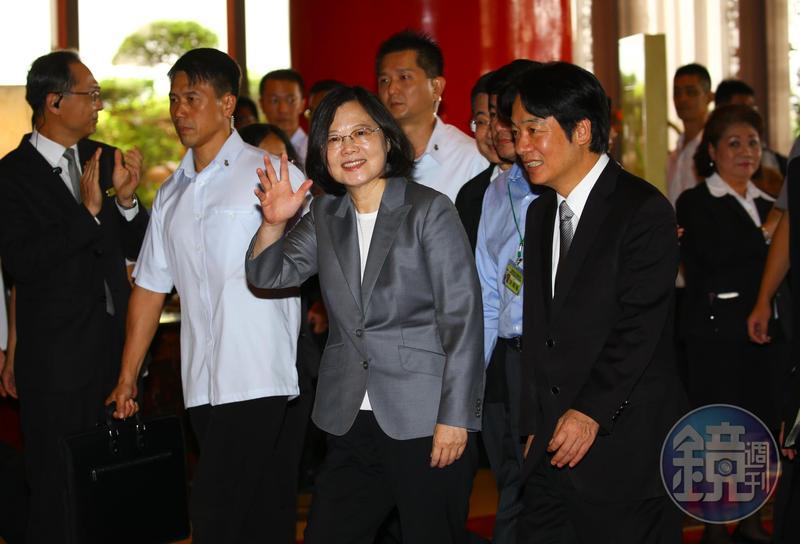 經過近3個月波折,民進黨總統黨內初選結果今天由黨主席卓榮泰揭曉。(本刊資料照)