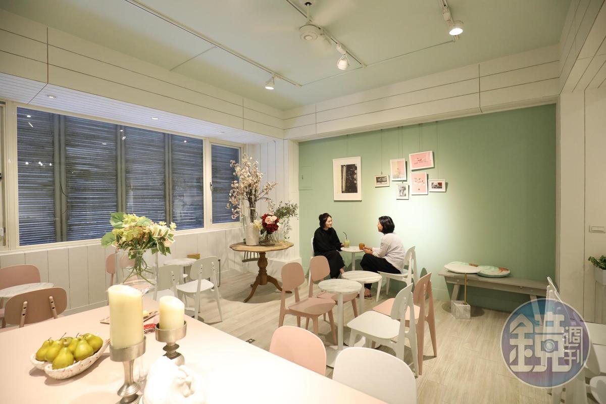 「雪文洋行」二樓舒適悠閒空間。