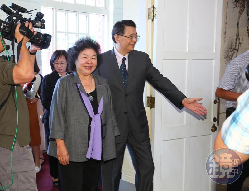 總統府祕書長陳菊今率領4名大法官被提名人到立法院拜會立法院長蘇嘉全。