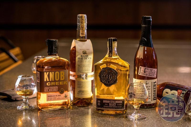 金賓旗下的小批次威士忌為酒迷們眼中極品。