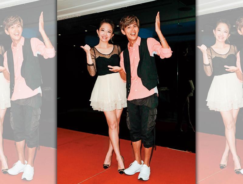 謝忻(左)和阿翔(右)亦師亦友的不倫戀,甚至上升到神祕世界層次的局面。
