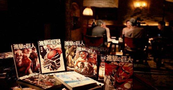 NHK 晚間文學綜藝節目「系列深度閱讀」,《進擊的巨人》也是被選中的作品之一。(翻攝自 NHK)
