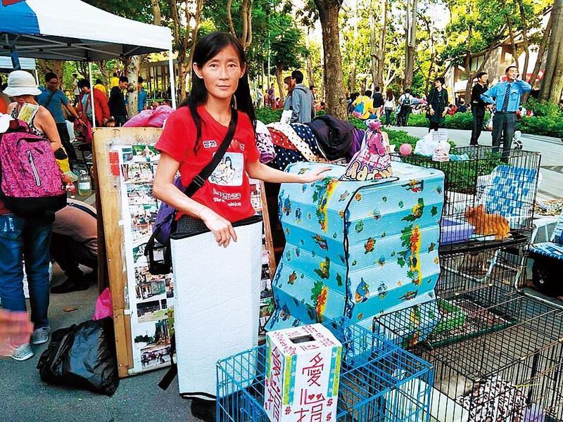 資深志工說,蕭新鳳原本是個有愛心的動保志工,但後來言行走樣。(翻攝自蕭新鳳臉書)