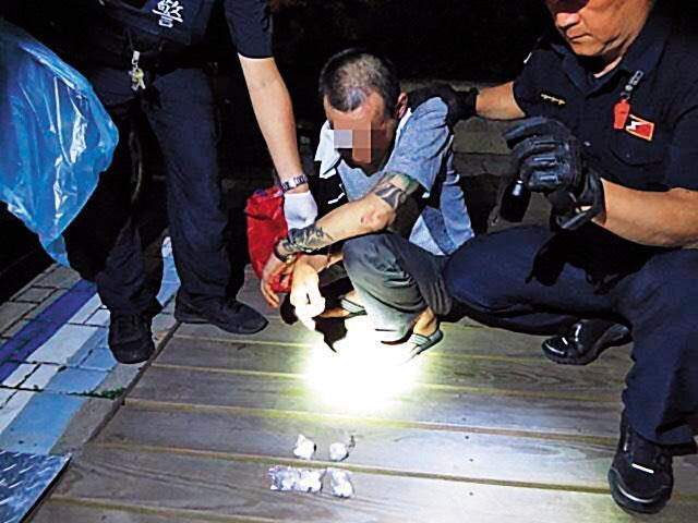 毒品交易是目前暗網裡最大宗的犯罪行為。(翻攝畫面)