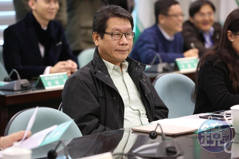 民進黨中常委沈發惠正式宣布將加入蔡英文總統競選團隊,不爭取新北市第12選區立委的提名。