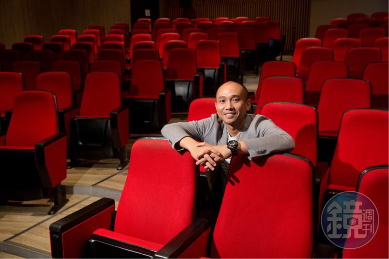 導演Anysay Keola自澳洲和泰國拿到學位後,決定返回寮國,試圖打造寮國的電影工業,不畏懼必須從零開始。