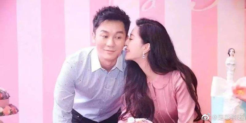 昨晚李晨與范冰冰分別在微博宣布兩人分手。(翻攝自足彩熊超微博)