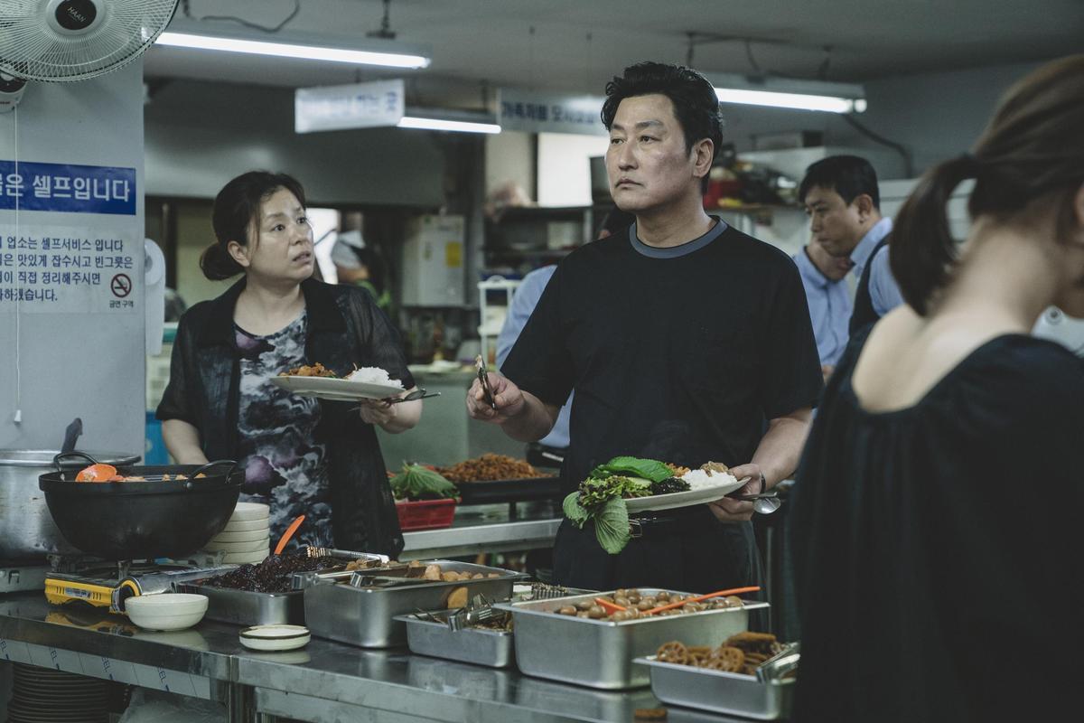 《寄生上流》是首次拿到坎城影展金棕櫚獎至高榮譽的韓國電影。(威望國際)