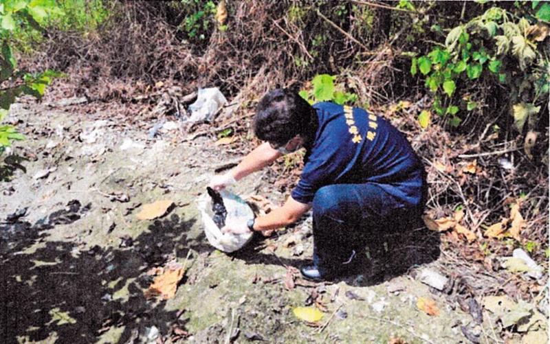 警方搜索2天後,找到層層包裹的黎氏頭顱。(警方提供)