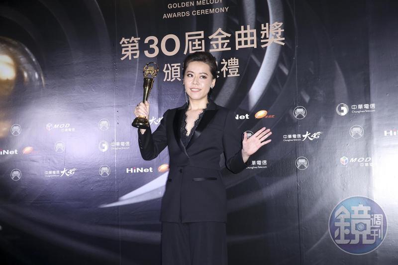 江惠儀以《露螺》奪得台語歌后,在後台透露自己「完全沒想到」。
