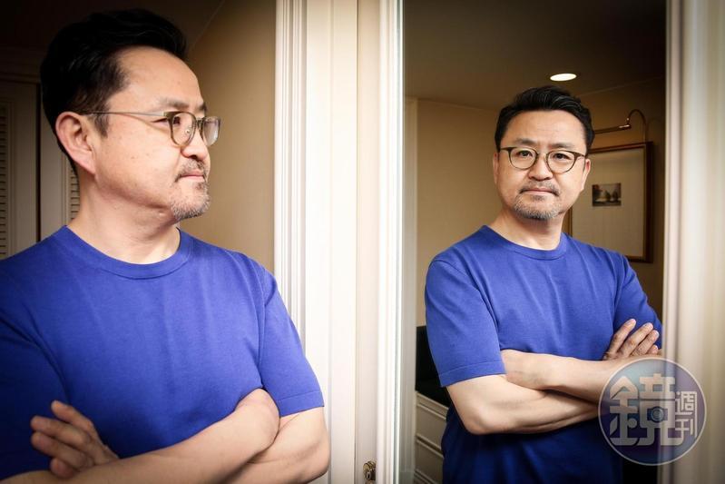 李元太至今執導的兩部電影皆由他身兼編劇,曾擔任電視台製作人的經驗令其受益良多。