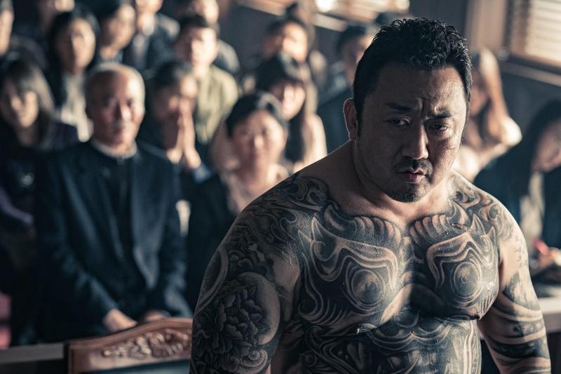 馬東石在《極惡對決》反轉形象,演出無惡不作的黑幫老大。 (威視提供)