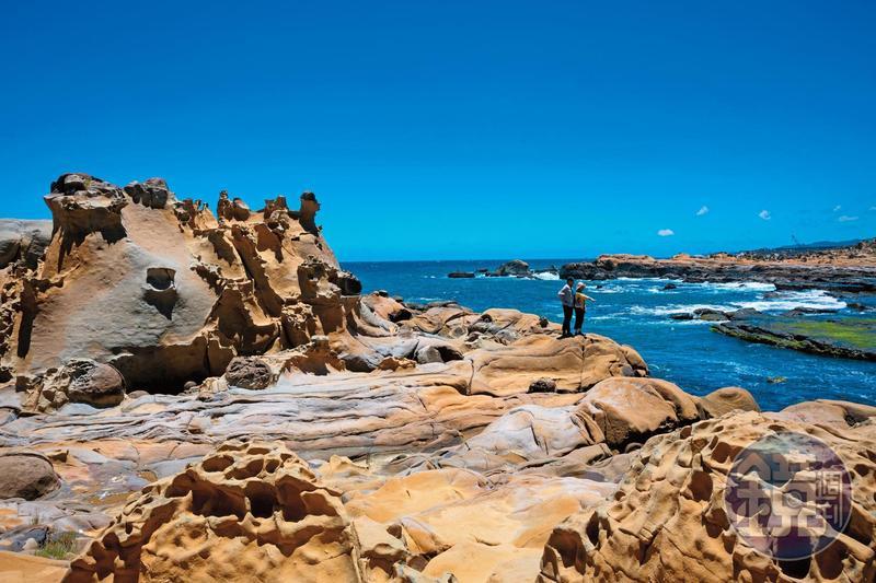 「和平島公園」的奇岩怪石,是億萬年來大自然所留下的痕跡。