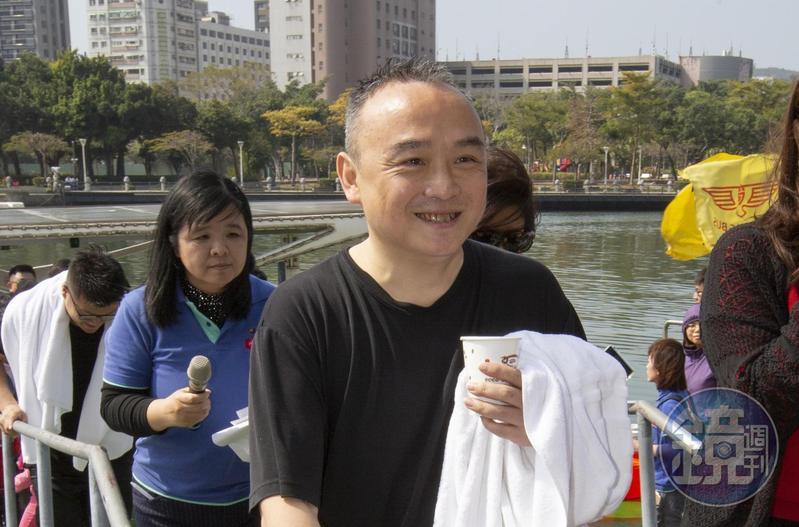 對於行政院長蘇貞昌稱擲筆為習俗,高雄市觀光局長潘恆旭在臉書上表示「我是屏東人,我從來沒聽過告別式丟筆的習俗。」(本刊資料照)