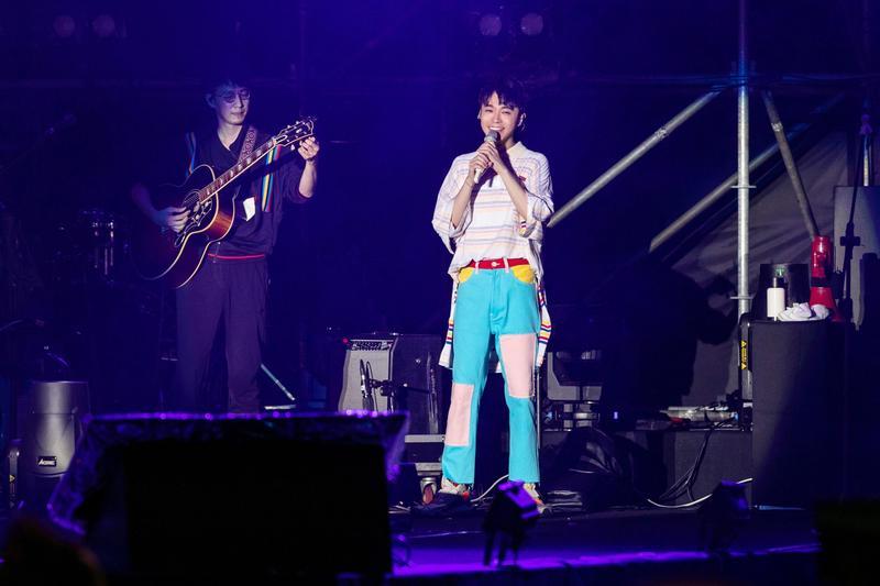 吳青峰擔任高雄啤酒音樂節壓軸表演嘉賓。(環球音樂提供)