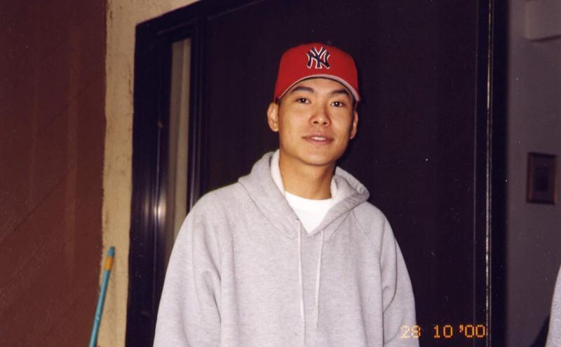就以一首〈Life's a Struggle〉,宋岳庭成為嘻哈圈的傳奇歌手。(威視電影提供)