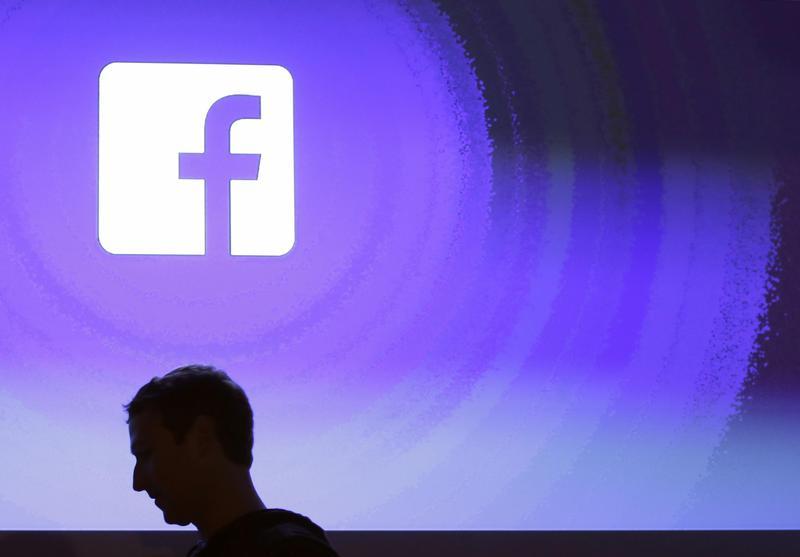 針對近期網路不斷流傳「我對Facebook的聲明」謠言,呂秋遠po文澄清,「唯一禁止他們使用的方式,就是不要用臉書,並且刪除所有帳號。」(東方IC)