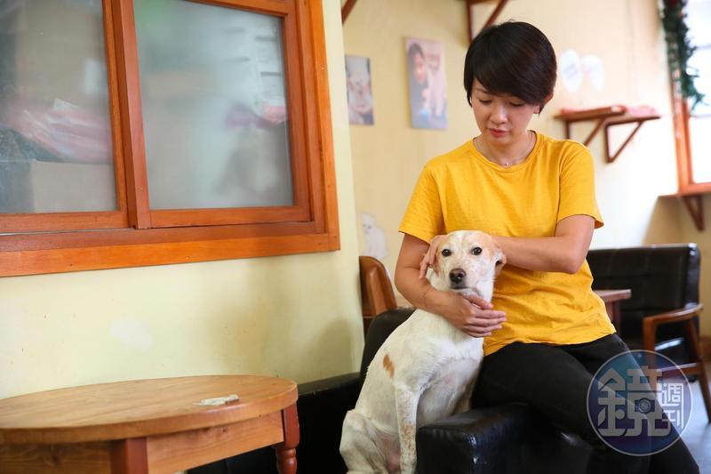 譚柔認為,領養動物前一定要先做好自身評估,才不會因輕易退養,傷了毛小孩的心。