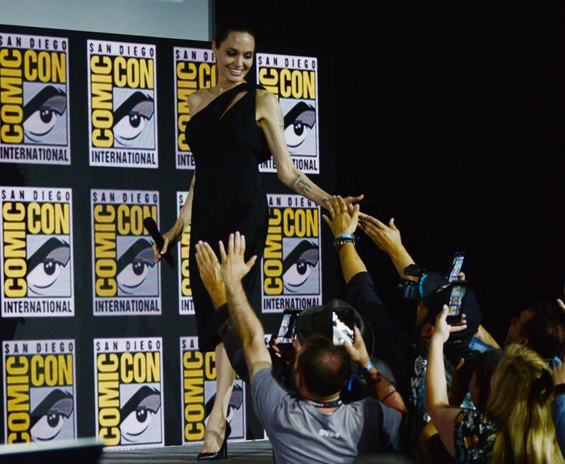 傳說中的安潔莉娜裘莉正式加入MCU,她將主演《永恆族》,漫威又迎來一位票房巨星。(東方IC)