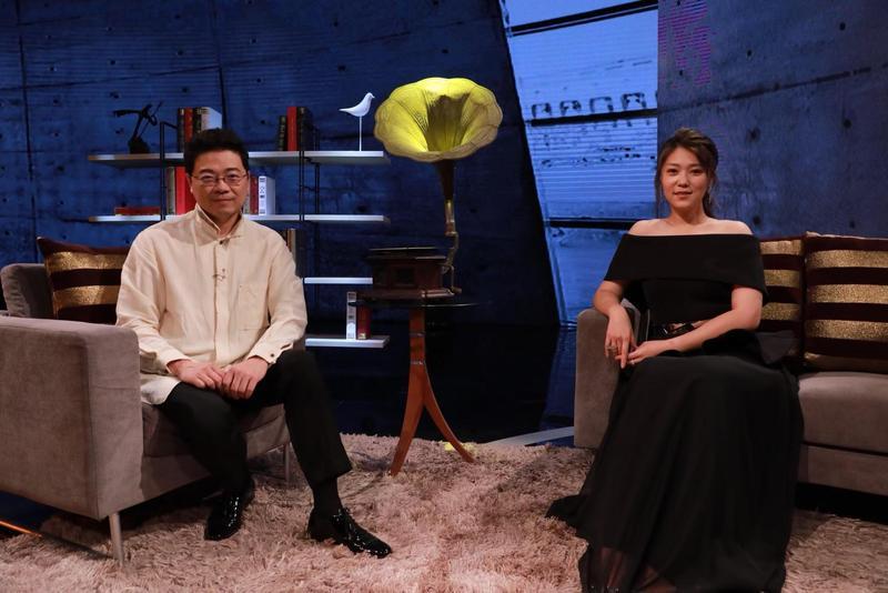 金曲歌后曹雅雯上《台灣的聲音》透露從小就有歌手夢。(民視提供)