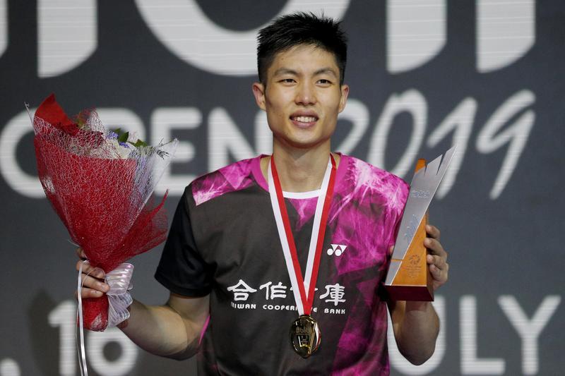周天成打破台灣記錄拿下印尼公開賽冠軍,賽後透露和印尼球迷的約定。(東方IC)