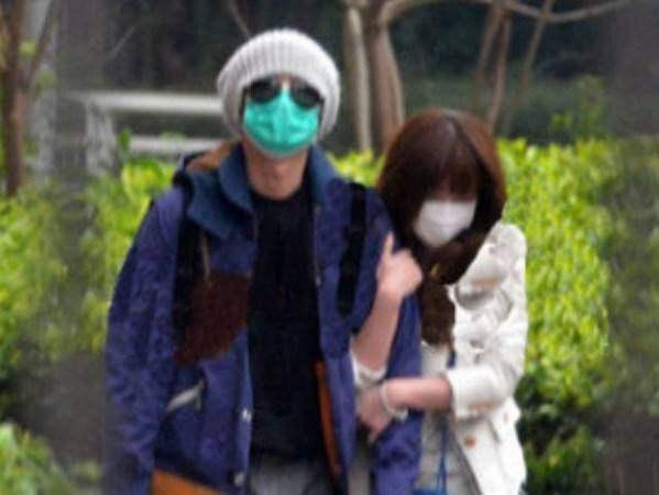 大陸男星文章在2014年被拍到與女星姚笛蜜遊深圳、香港6天5夜,好男人形象一夕崩壞。(網路圖片)