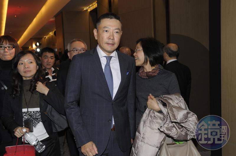 接手新光三越總座的吳昕陽是點子王,全台最賺錢的百貨新光三越台中店就是他打造的。