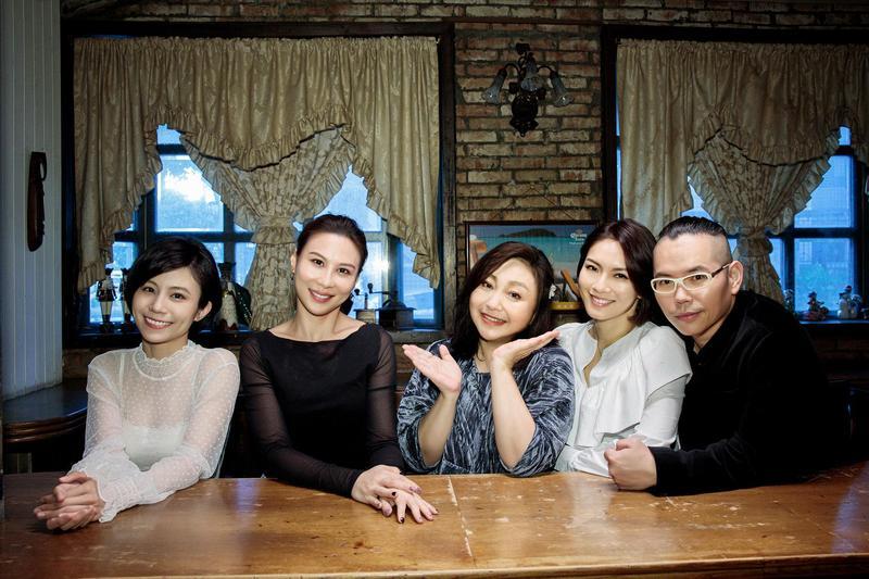 鄭怡使出人情招數,邀請各界好友一同拍攝MV。(阿爾發音樂提供)