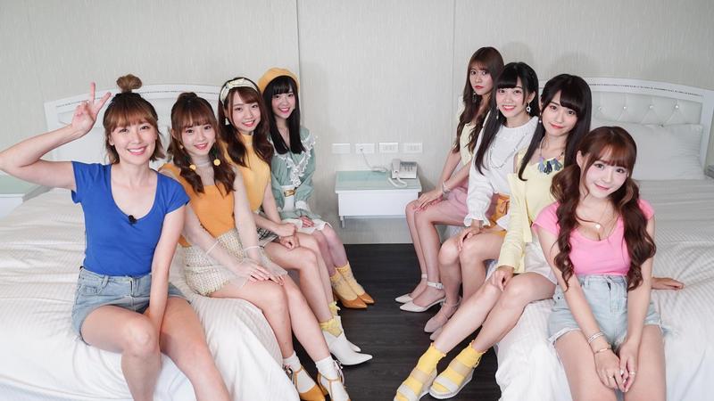 李懿和元元邀來「AKB48 Team TP」一起支援做晚餐。(三立提供)