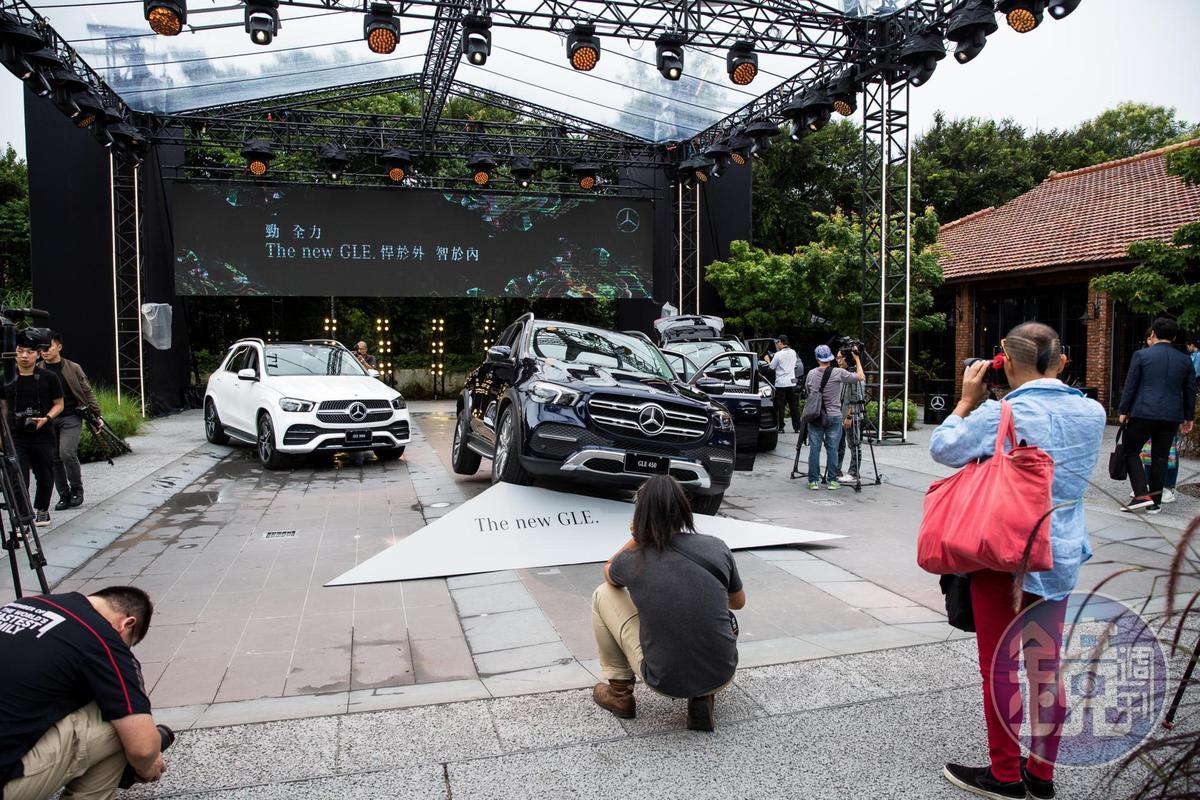賓士下半年陸續推出GLE等多款休旅新車希望扳回一成。