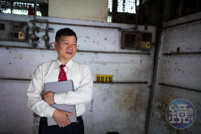 蔡鎮村在金融業打滾30多年,見證股市中的榮景,但也曾二度賠光身家。