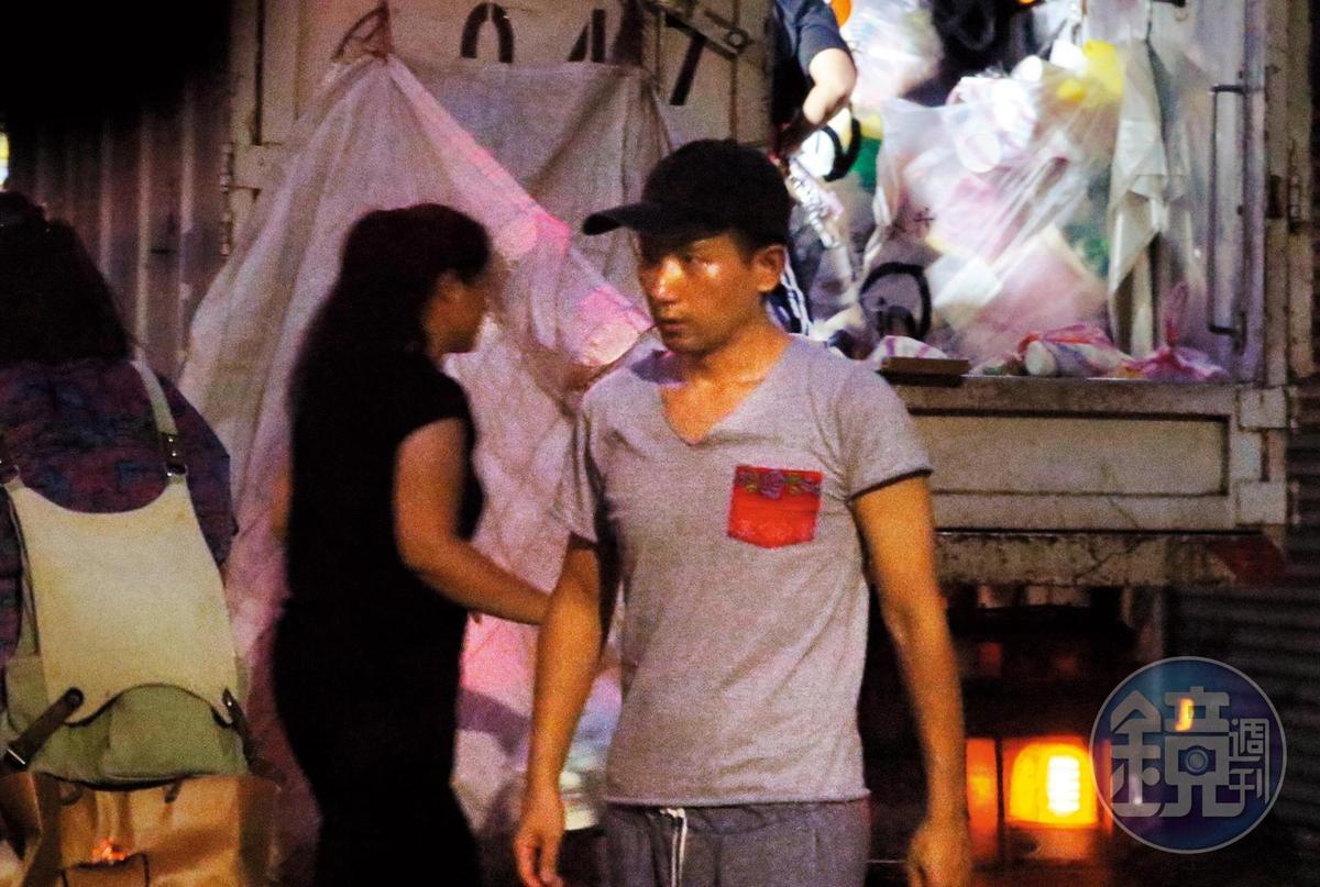7月29日18:57,趙德胤通常不太出門,除非必要,而跟吳可熙過夜完後的那幾天,2人也都沒有繼續在家約會。
