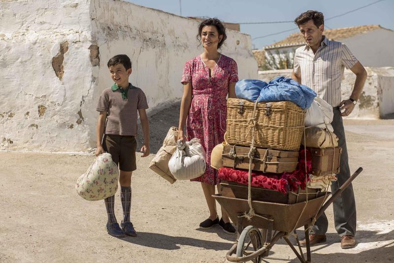 西班牙導演阿莫多瓦以《痛苦與榮耀》回顧自己的生命。(傳影互動提供)