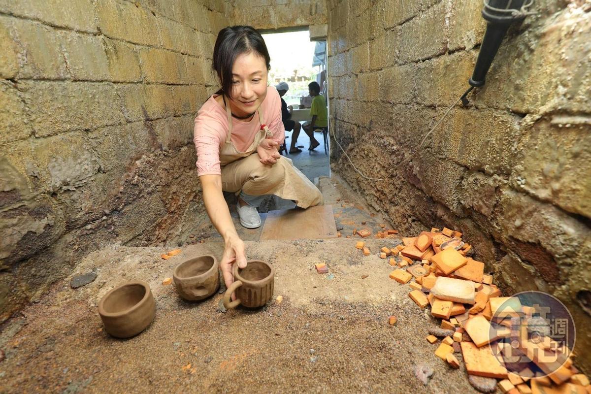 「斯土有情陶燒工房」本身建有柴窯,可幫客人燒製作品。