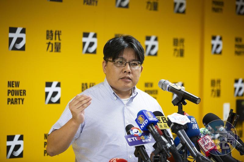時力黨主席邱顯智今下午1時開重大宣布記者會。
